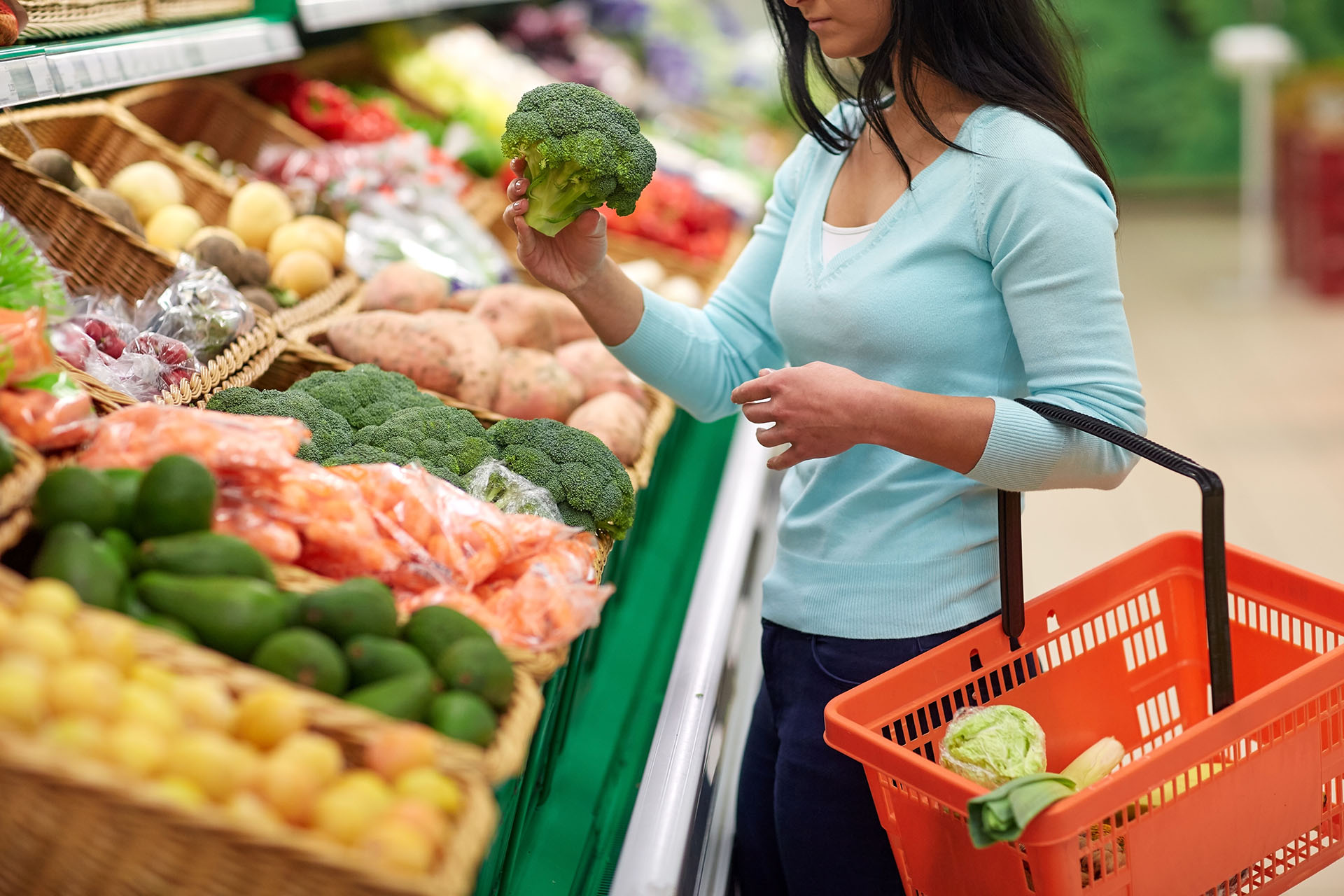 Island Foods offers refrigerated food distribution services